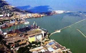 Разлив мазута снова произошел в Ейском порту