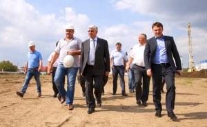 Владимир Евланов лично проконтролирует строительство новой школы в хуторе Ленина