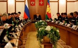 Александр Ткачев сделал предупреждение должникам по газу и энергоресурсам