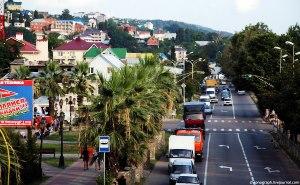 В Лазаревском районе 42 дороги привели в порядок
