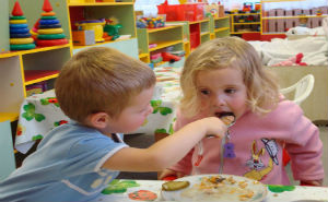 Более тысячи детей Лазаревского района получили места в детсадах