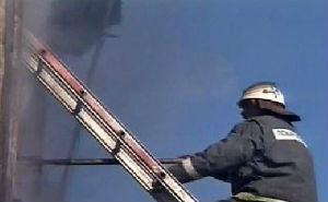 Крупный торговый центр сгорел в Адлере