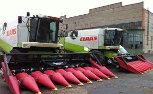 Два трактора будут сопровождать краснодарский комбайн-факелоносец