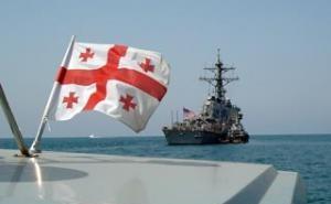 Два военных корабля США находятся сейчас в акватории Черного моря