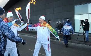Эстафета олимпийского огня не вызвала в кубанской столице транспортного коллапса
