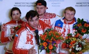 Олимпийцы получили внеочередные воинские звания и награды