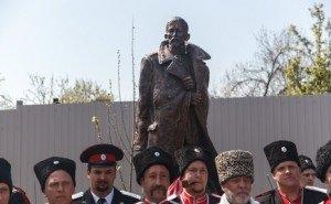 В Краснодаре почтили память белогвардейского генерала Корнилова