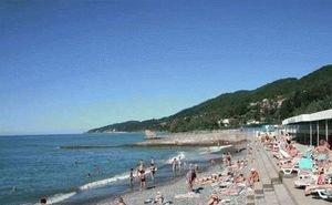 В Сочи подготавливают к сезону более 200 пляжей