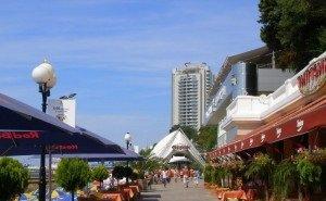Власти Сочи намерены запретить торговлю на пляжах