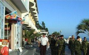 В Сочи полиция и миграционная служба усиливают меры безопасности на курорте