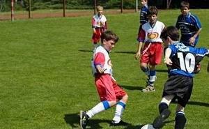 Путь в большой футбол начинается с дворовых соревнований