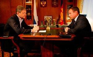 О жизни Крымского района говорил сегодня Александр Ткачёв с Анатолием Разумеевым