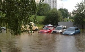 Александром Ткачёвым подписано постановление о выплатах пострадавшим на Кубани от наводнений