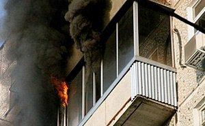 2 часа боролись с крупным пожаром в одной из многоэтажек Краснодара
