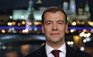 В День строителя Дмитрий Медведев поблагодарил за олимпийскую стройку