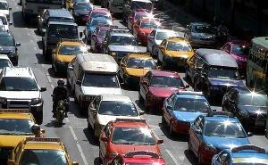 На улице Северной Краснодара — транспортный коллапс