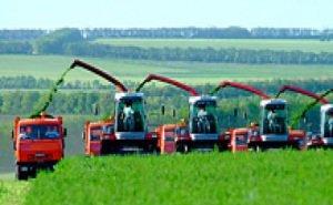 Губернатор уверен, что Кубани по силам ежегодно обновлять до 20% сельхозтехники