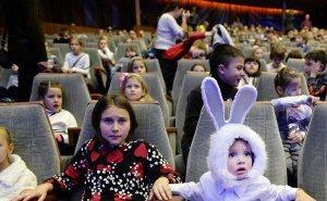В краснодарских театрах — новогодний аншлаг