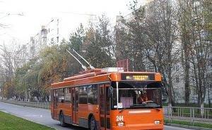В Краснодаре 8-летнего мальчика 65 метров тащил за собой троллейбус