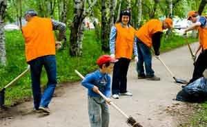 Мэр Краснодара требует завершить санитарную уборку города до майских праздников