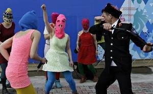 Европейский суд по правам человека принял жалобу Pussy Riot на полицейских Сочи