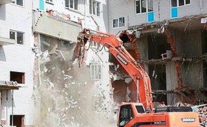 В Геленджике начался снос 10-этажного самостроя