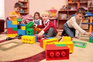 Решение вопросов с обеспечением мест в детсадах