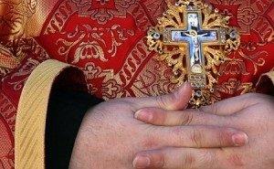 На выборах в Краснодаре подрались священник и наблюдатель