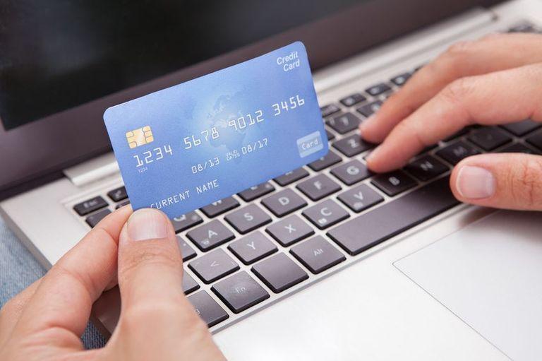 Как оформить и получить микрозайм на банковскую карту