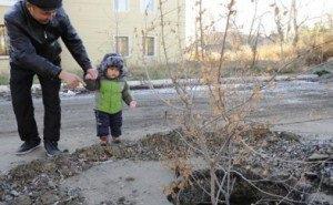 После случая травмирования в Краснодаре подняли проблему открытых люков