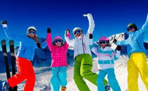 Впервые за 10 лет горнолыжные трассы в Сочи туристы протестировали на месяц раньше
