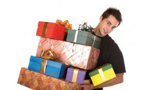Где купить интересный подарок?