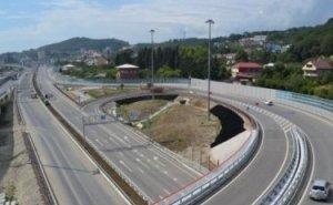 Кондратьев требует повысить для туристов доступность дорог и морпортов