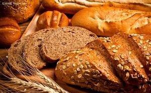 Жители аграрного Крыловского района жалуются на недостаток местного хлеба