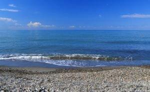 Пахомов проинспектировал пляжи Лоо и Дагомыса