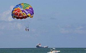 В Анапе, катаясь на парашюте, погибла туристка