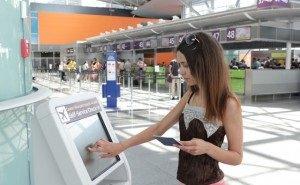 В аэропорту Сочи пассажиры могут сами зарегистрироваться на рейс