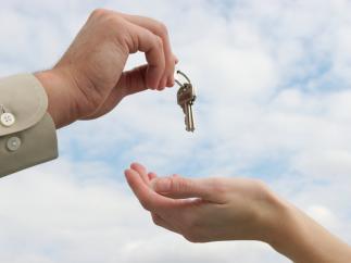 Где туристам снять посуточно квартиру? Киев предоставляет огромный выбор жилья
