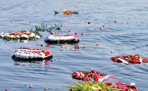В Новороссийске почтили память погибших на пароходе «Адмирал Нахимов»