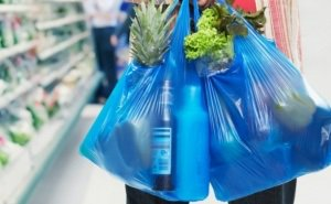 Минприроды РФ намерен запретить в Сочи использование пластиковой посуды и пакетов