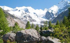 В горах Сочи — в самом разгаре подготовка к зимнему сезону