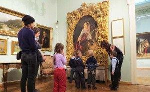 В Краснодаре открылась выставка фондов музея Коваленко