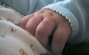 В Крымске женщина оставила в автомобиле грудного ребёнка