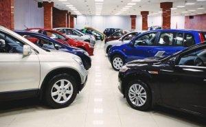 В автосалоне Краснодара 1,5 года воровали по 6 машин в месяц