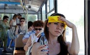 В Краснодаре люди падают в обмороки в общественном транспорте