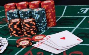 Играть онлайн в заведении Poker Dom