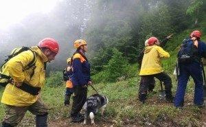 Спасателя, поспешившего на помощь туристам в Сочи, нашли мёртвым