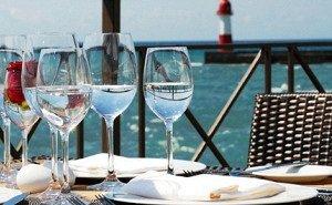 Туристы на Кубани в ресторанах в этом году спиртное не заказывают