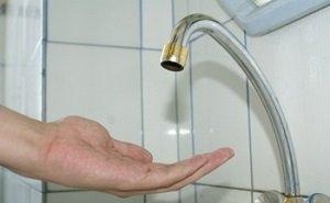Власти и горводоканал по-своему объяснили отсутствие воды в Сочи