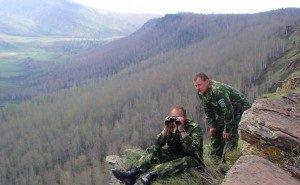 В Сочи открыли памятник сотрудникам Кавказского заповедника, погибшим при исполнении